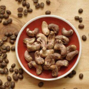 Kešu neloupané, solené - Brdská káva